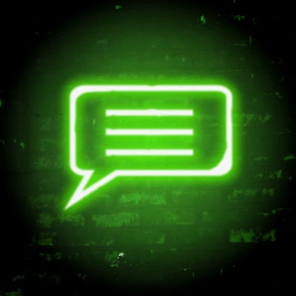 neon speech_green